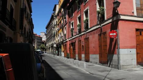 Madrid-pink-building