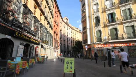 Madrid-old-town-scene-1