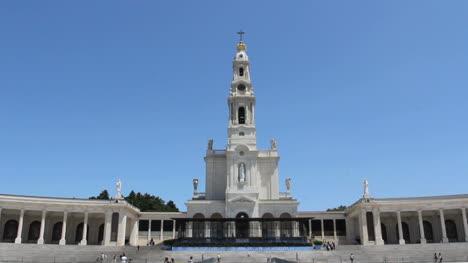Fatima-church-and-blue-sky