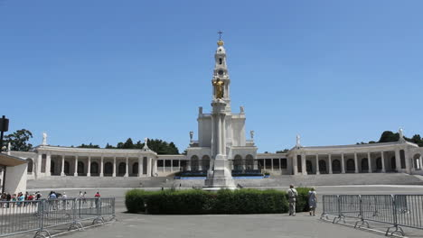 Fatima-church-with-statue-of-Christ