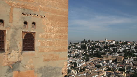 Alhambra-wall-and-town