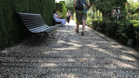 Alhambra-walkway-with-tourists