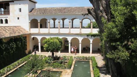 Spain-Andalucia-Alhambra-Generalife-pools
