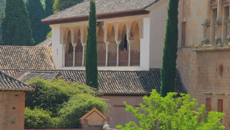 Spain-Andalucia-Alhambra-graceful-columns