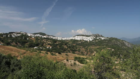Andalucia-Gaucin-village-on-a-ridge