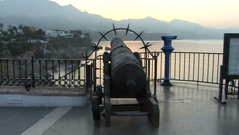 Spain-Nerja-cliffs-antique-cannon