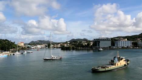St-Lucia-Castries-Remolcador-Y-Velero