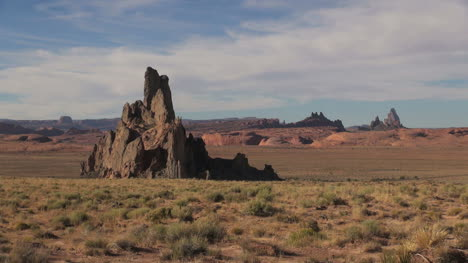 Arizona-Navajo-Reservation-landscape-with-rock-spikes-sx