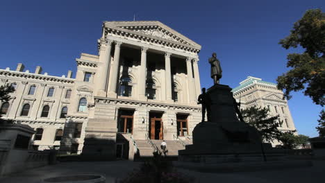 Indiana-Indianapolis-Statehouse-Und-Statue