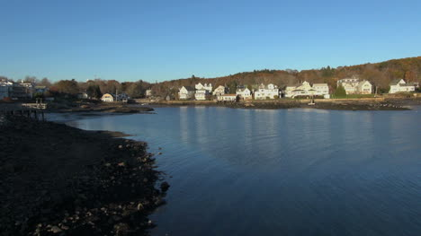 Maine-Boothbay-Harbor-view-sx