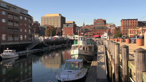 Maine-Portland-boats-and-downtown-sx