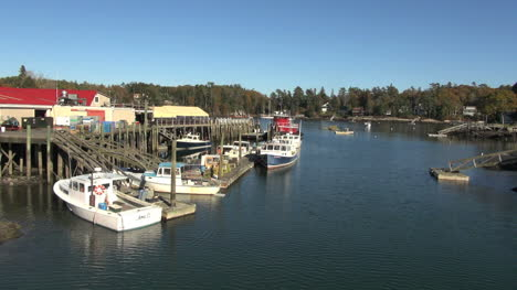 Maine-Robinson-Wharf-with-boats-2-sx