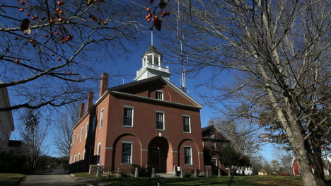 Maine-Wiscasset-city-hall-cx