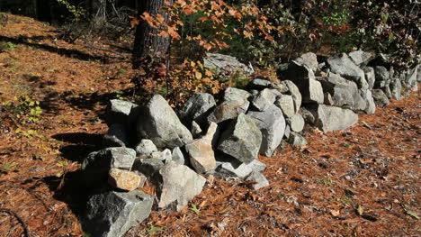Massachusetts-New-England-stone-wall