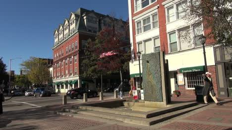 Massachusetts-Salem-monument-and-corner-sx