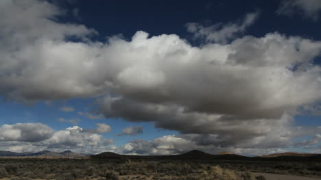 Nevada-clouds-in-a-blue-sky-timelapse