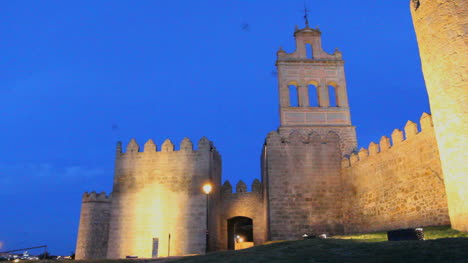 Spain-Avila-gate-and-walls-night-view