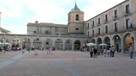 Spain-Avila-plaza-in-evening