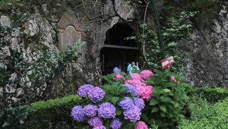 Spain-Asturias-Covadonga-church-cave-entry-1