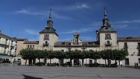 Spain-Castile-Burgo-de-Osma-plaza-4