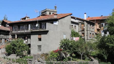 Spain-La-Alberca-grey-timber-frame-houses-2