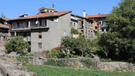 Spain-La-Alberca-houses-4