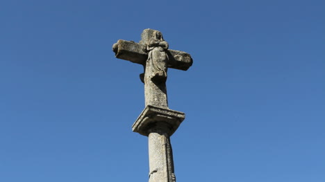 Spain-La-Alberca-stone-cross