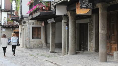 España-La-Alberca-Columnas-De-Piedra