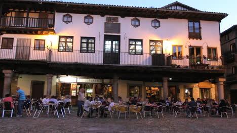 Spain-La-Alberca-plaza-cafe