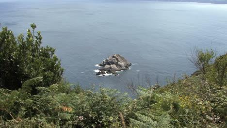 Spain-Galicia-Cabo-Ortegal-rocks-zooms-in-5b