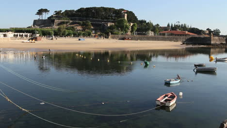 Spain-Galicia-Baiona-boats-lines-castle-2