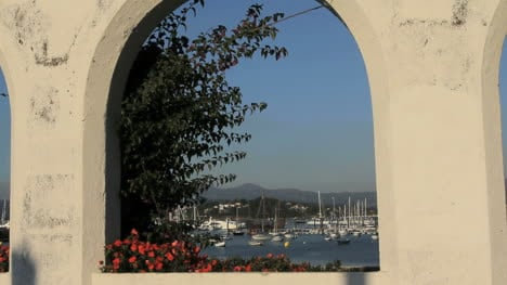 Spain-Galicia-Baiona-harbor-arch-1