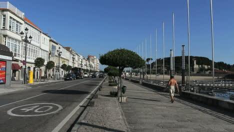 Spain-Galicia-Baiona-main-street-3