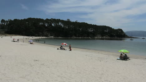 España-Galicia-Ria-Pontevedra-Playa-1