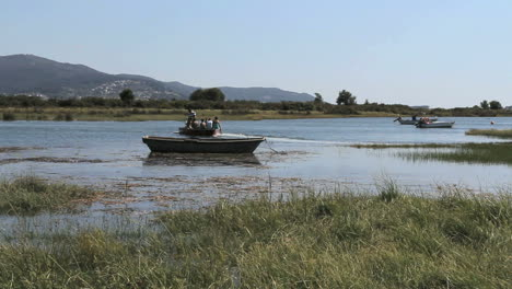 Spain-Galicia-Rio-Minho-with-boat-2