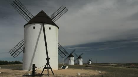 Spain-Mota-del-Cuervo-windmills-in-a-row