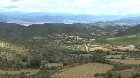 Spain-Pyrenees-village-zoom-out-3