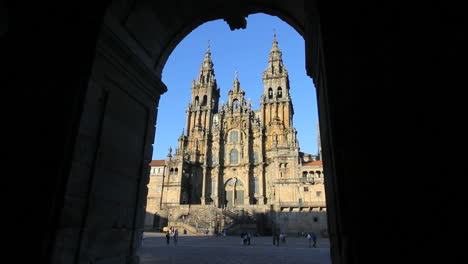 Santiago-cathedral-and-arch-10