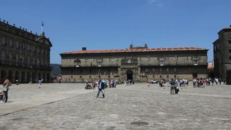 Santiago-plaza-and-parador
