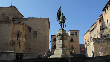 Segovia-Juan-Bravo-statue