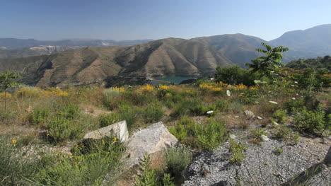 Sierra-Nevada-lake-and-dam-2