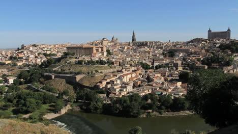 Toledo-And-Rio-Tajo-Vista