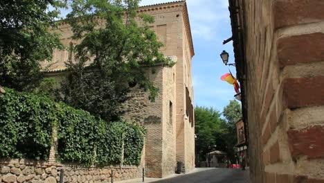 Jewish-quarter-in-Toledo-Spain