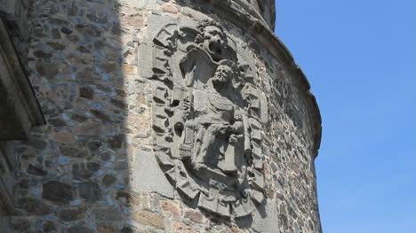 Toledo-crest-on-walls-3-