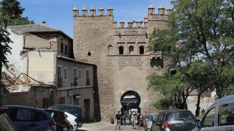 Toledo-Puerto-De-Sol-Gate