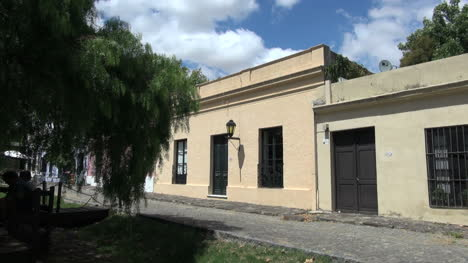 Uruguay-Colonia-Del-Sacramento-Houses