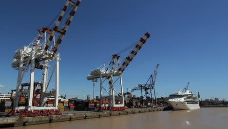 Buenos-Aires-harbor-cranes-and-cruise-ship-c