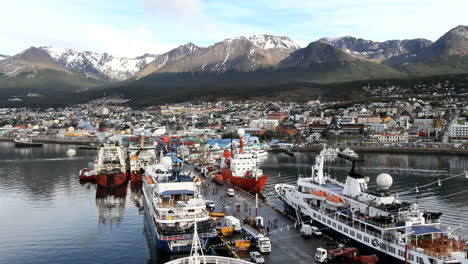 Argentina-Ushuaia-harbor-dock-traffic-time-lapse