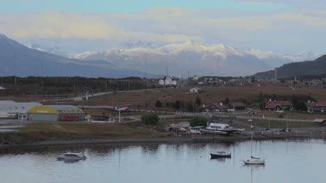 Argentina-Ushuaia-harbor-boats-and-mountains