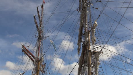 Argentina-Ushuaia-masts-lines-and-rigging